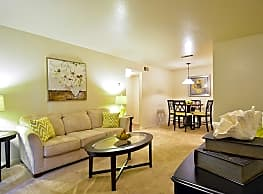 Hillside Apartments - Shreveport