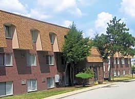 Lord Chesterfield Apartments - Framingham