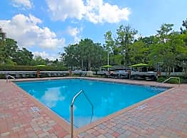 Lake Crossing Apartments - Gainesville