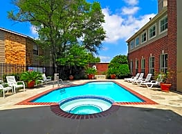 Redstone Apartments - College Station