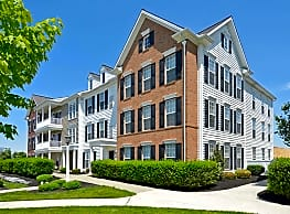 The Apartments at Florin Hill - Mount Joy