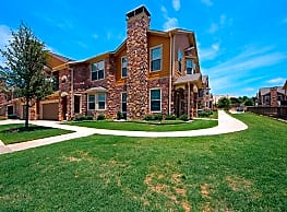 The Mansions At Hickory Creek - Hickory Creek