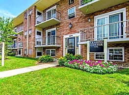 Stone Hill Apartments - Brookhaven