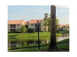 TWO BEDROOM  IN GATED COMMUNITY W/WASHER & DRYE - Pompano Beach