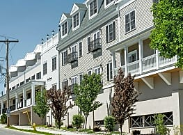 Metro Point Apartments - Milford