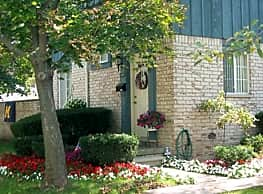 The Cloisters Townhouses - Clawson
