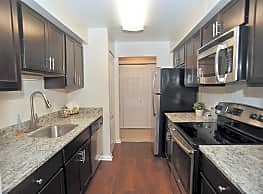 Annen Woods Apartment Homes - Pikesville