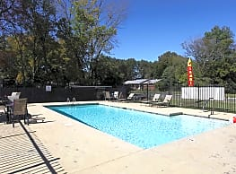 Rock Creek Apartments - Conway