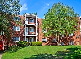 Jamestown Village Apartments - Willow Grove