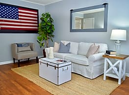 Patriots Place Townhomes - Goose Creek