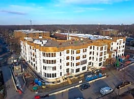 Burlington Station Apartments - Downers Grove