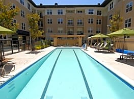 The Plaza Luxury Apartments: Foster City - Foster City