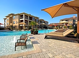 The Sovereign Apartments - Fort Worth