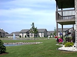 Silver Springs Apartments - Appleton