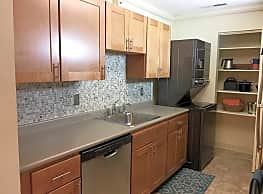 East Mountain Apartments - Wilkes Barre