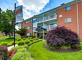 Avenue Apartments - Forestville