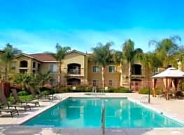 Granville Luxury Apartments - Merced