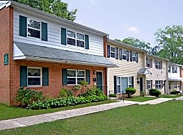 Rolling Glen Townhomes & Apartments - Boothwyn