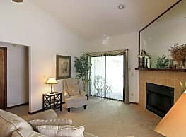 Apartments At Jefferson Square-Units of First Coast Properties Limited - Orange Park