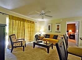 Central Park Apartments - Altamonte Springs