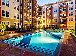 4000 Hulen Urban Apartment Homes - Fort Worth