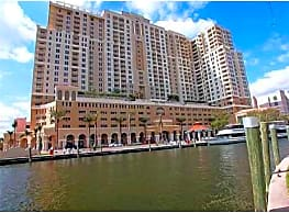 DOWNTOWN RIVER FRONT WITH  ALL THE BELLS & WHISTLE - Fort Lauderdale