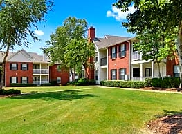 Reserve at Woodchase Apartment Homes - Clinton