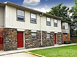 Sugartree Apartments and Townhomes - Fayetteville