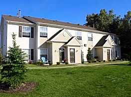 Willow Crest Apartments - Toledo