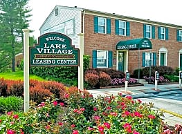 Lake Village Townhomes - Severn