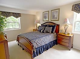 Painters mill apartments owings mills md 21117 for 2 bedroom apartments in owings mills md