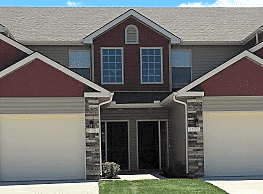 3 Bedroom, 2 bath Townhome in Lee's Summit - Lees Summit