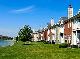 Lakeshore Apartments - Evansville