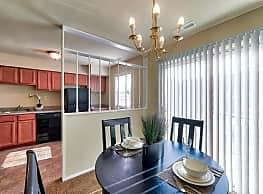 Jamestowne Apartments Townhomes Baltimore Md 21229