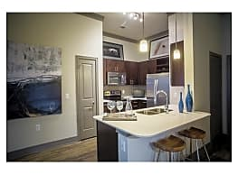 Stratus Phillips Creek Ranch Apartments - Frisco