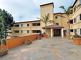 Horizons West Apartments - Pacifica