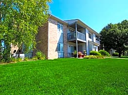 Spring Brook Apartments - Frankfort