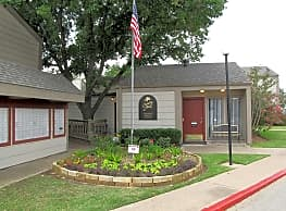 Country Place Apartments - Bryan