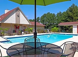 Meadow Wood Apartments - Pelham