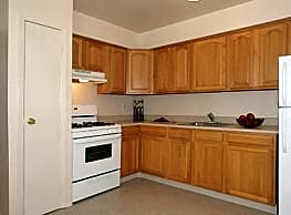 Tanglewood Terrace Apartment Homes - Piscataway
