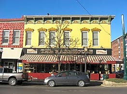 Abodes Downtown - Bloomington