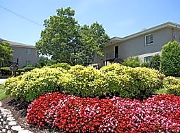 Hermitage Garden Apartments - Old Hickory