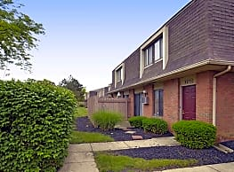 Heather Glen Townhomes - Bexley