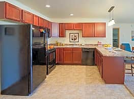 Valley View Apartments - Minot