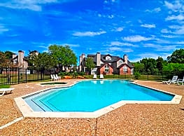 Walden Pond Apartments - College Station