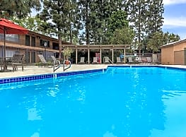 Saddleback Pines Apartment Homes - Fullerton