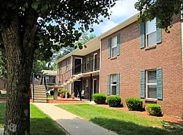 Starlet Square Apartments - Fairdale