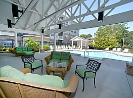 900 Acqua Luxury Senior Living - Virginia Beach