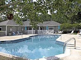 Pine Club Apartments - Beaumont