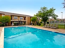 Madison Pointe Apartments - College Station